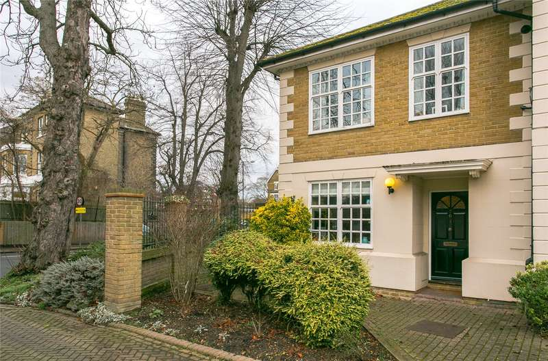 3 Bedrooms Semi Detached House for sale in Spenser Mews, London, SE21