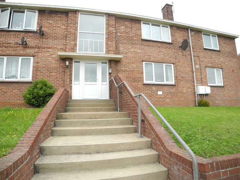 2 Bedrooms Flat for sale in Queens Road, Bungay