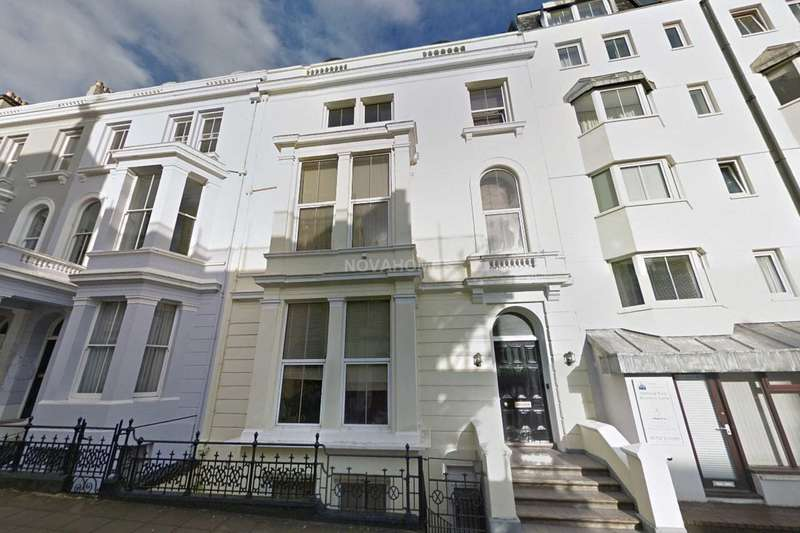 2 Bedrooms Apartment Flat for sale in Elliott Street, The Hoe, PL1 2PP