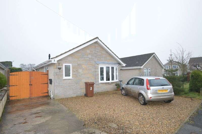 3 Bedrooms Detached Bungalow for sale in Field Drive, Pickering