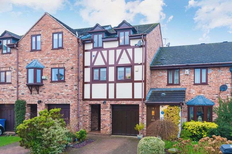 4 Bedrooms House for sale in Quayside Mews, Lymm