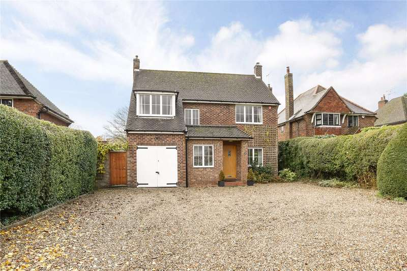 4 Bedrooms Detached House for sale in Burnham Avenue, Beaconsfield, Buckinghamshire, HP9