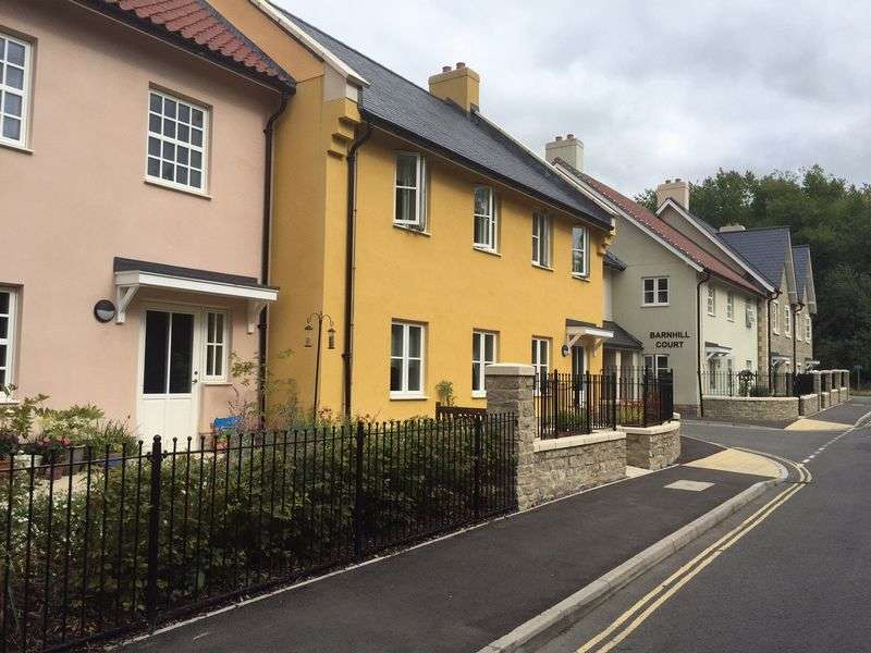 2 Bedrooms Flat for sale in Barnhill Road, Bristol, BS37 6FG : TWO bed first floor Assisted Living retirement apartment- separate cloakroom