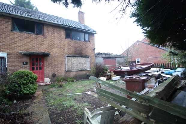 3 Bedrooms Property for sale in Houghton Road, Wirral, Lancashire, CH49 8JQ