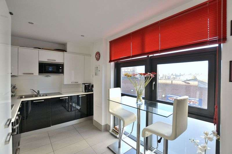 1 Bedroom Flat for sale in Sherman Road, Bromley