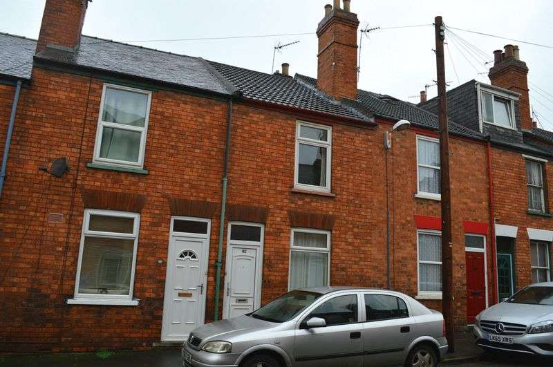 3 Bedrooms Terraced House for sale in Florence Street, Lincoln