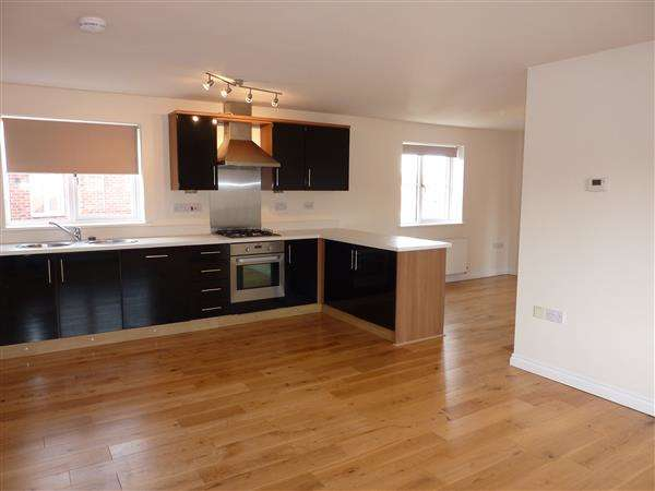 2 Bedrooms House for sale in SEAL CRESCENT, RENAISSANCE, NEW WALTHAM, GRIMSBY