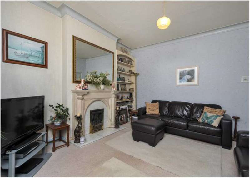 3 Bedrooms Semi Detached House for sale in Pellatt Grove, Wood Green