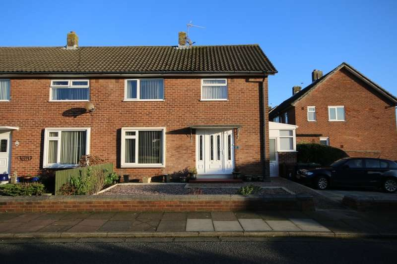 3 Bedrooms Semi Detached House for sale in Bellis Avenue, Southport