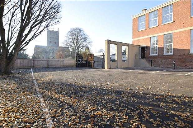 2 Bedrooms Flat for sale in Plot 3, Abbey Square, Gander Lane, Tewkesbury, Glos, GL20 5PG
