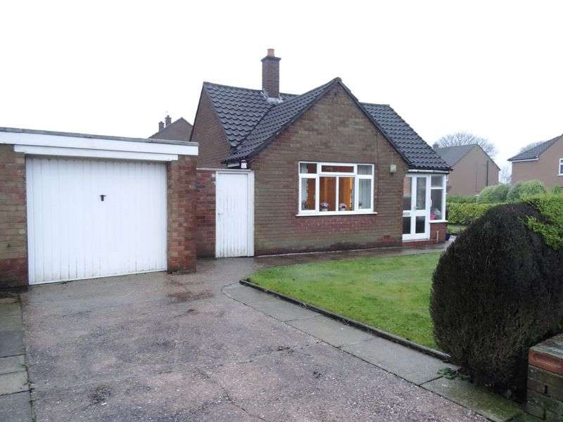 1 Bedroom Detached Bungalow for sale in Barnfield Road, Bollington, Macclesfield