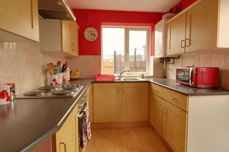 3 Bedrooms Semi Detached House for sale in Millfields, Barton-Upon-Humber