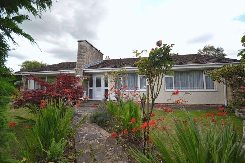 3 Bedrooms Detached Bungalow for sale in Chequers Close, Oldland Common, Bristol