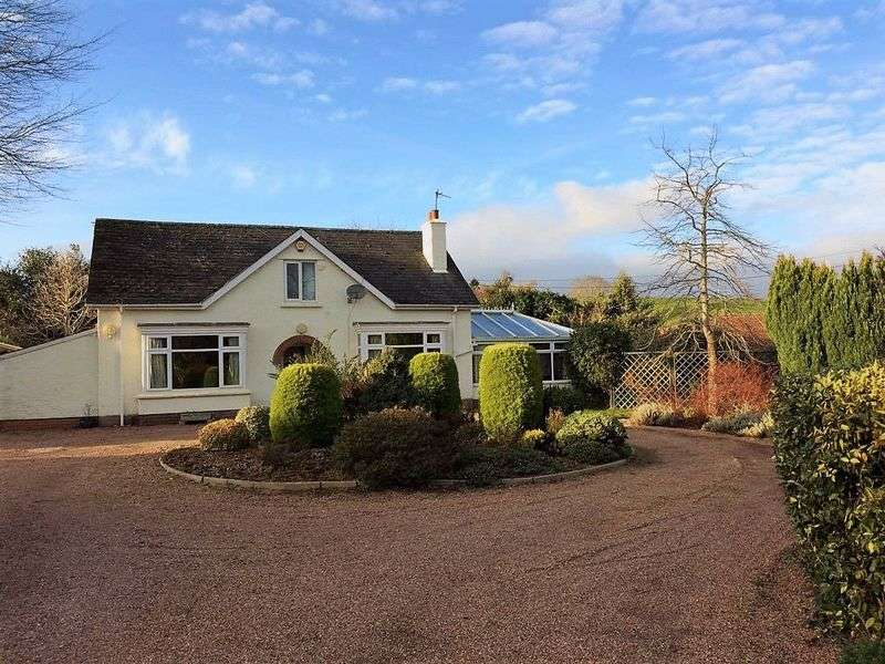 3 Bedrooms Detached House for sale in Sampford Brett