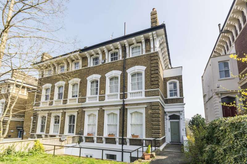 1 Bedroom Flat for sale in Victoria Way, Charlton, SE7