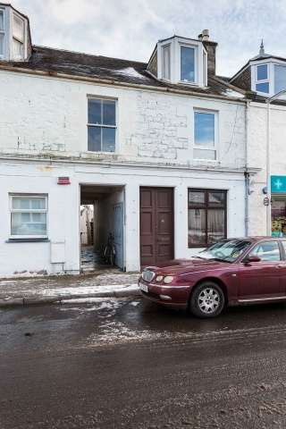 1 Bedroom Flat for sale in Castle Street, Tayport, Fife, DD6 9AF
