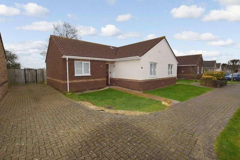 2 Bedrooms Retirement Property for sale in Kelston Gardens, Weston-Super-Mare, BS22 7FP
