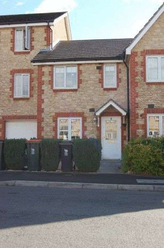 2 Bedrooms Terraced House for sale in Criccieth Close, Newport