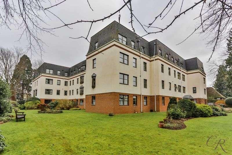 1 Bedroom Flat for sale in Leckhampton, Cheltenham