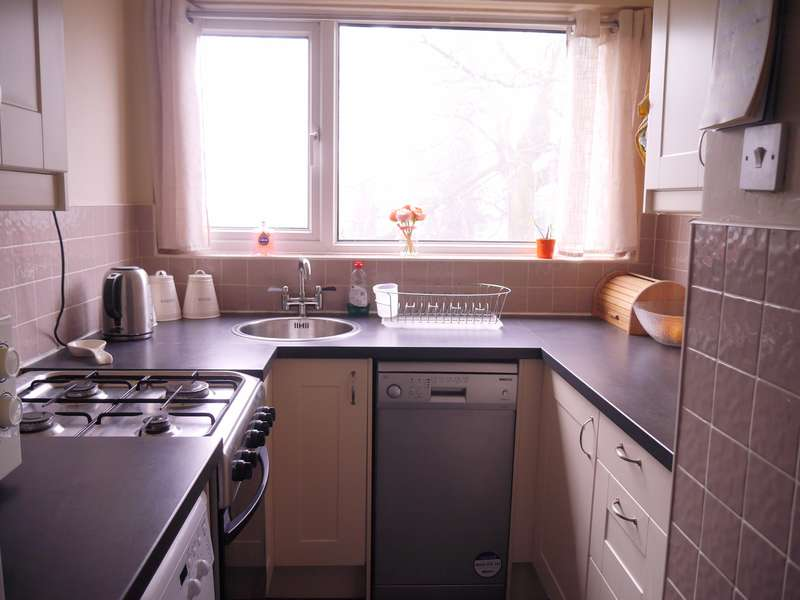 2 Bedrooms Apartment Flat for sale in West End Road, Southampton