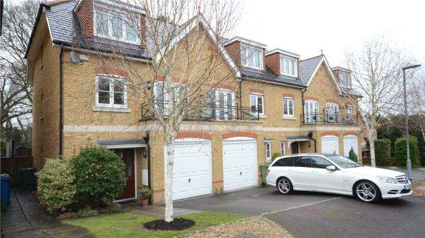 4 Bedrooms End Of Terrace House for sale in Bardeen Place, Bracknell, Berkshire