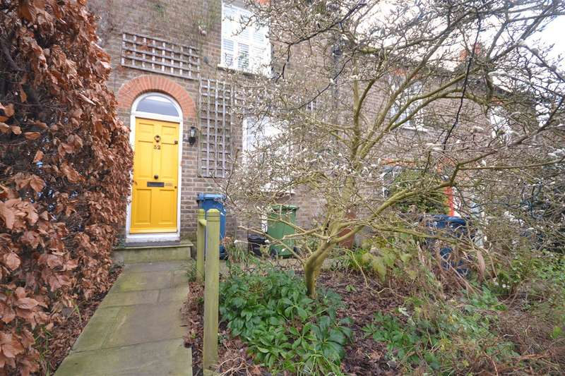 2 Bedrooms Terraced House for sale in West Street, Harrow on the Hill