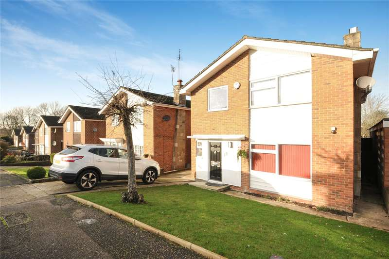 4 Bedrooms House for sale in Wrenwood Way, Pinner, Middlesex, HA5