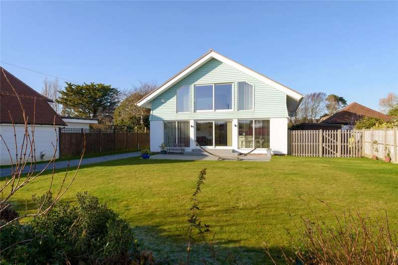 4 Bedrooms Detached House for sale in Sea Way, Middleton-on-Sea, West Sussex, PO22