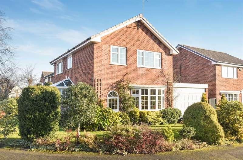 4 Bedrooms Detached House for sale in Masham Close, Harrogate, HG2 8QG