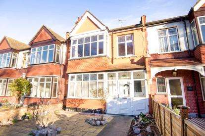 3 Bedrooms Terraced House for sale in Caledonian Road, London