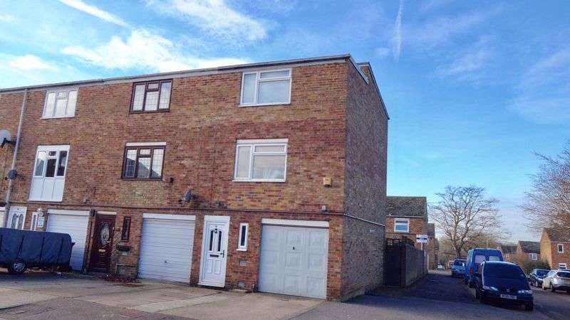 3 Bedrooms Terraced House for sale in Brockles Mead, Harlow