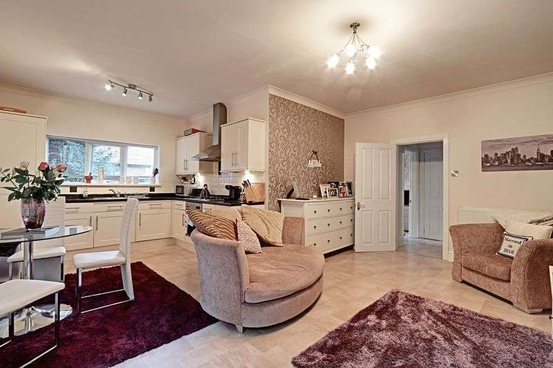 1 Bedroom Flat for sale in Davenport Avenue, Hessle