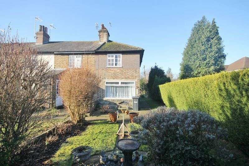 1 Bedroom Terraced House for sale in London Road, Burgess Hill, West Sussex