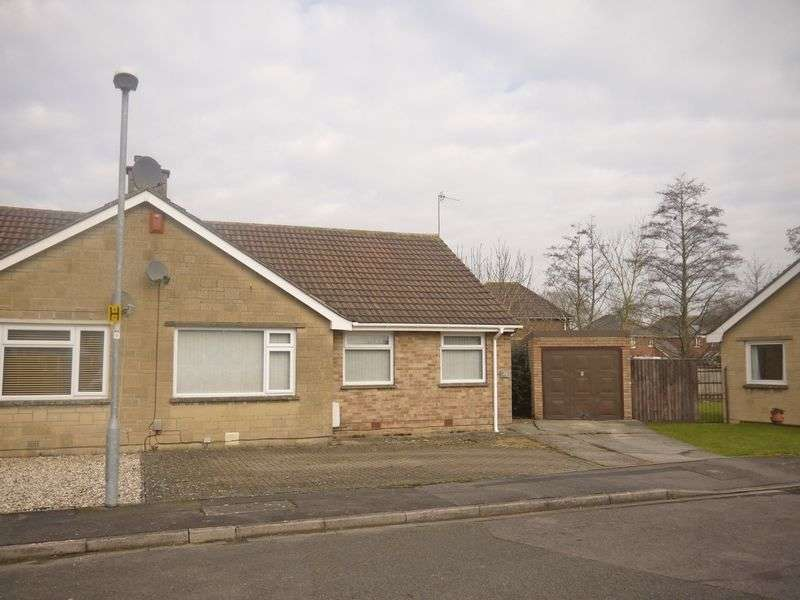 3 Bedrooms Semi Detached Bungalow for sale in Orwell Close, Swindon