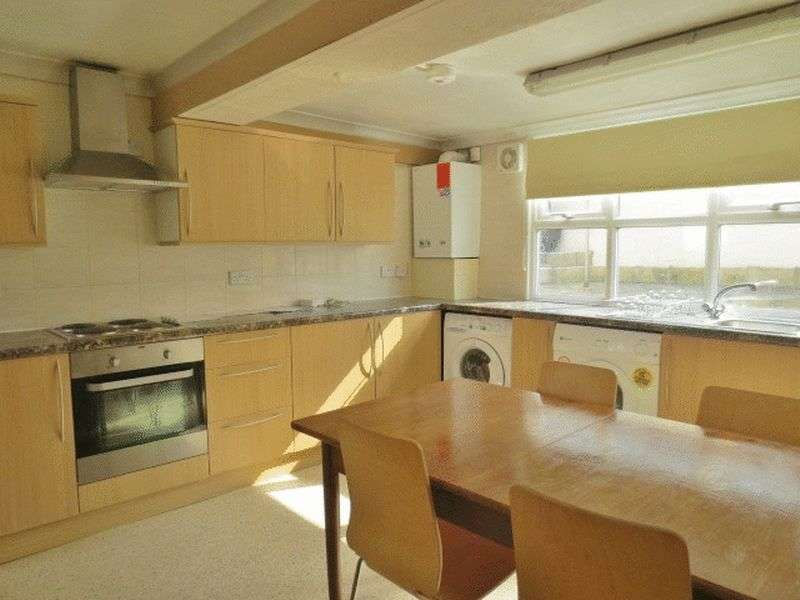7 Bedrooms House for rent in Newmarket Terrace, Brighton