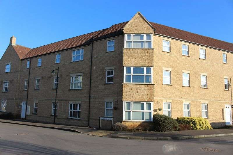 2 Bedrooms Flat for sale in Nuthatch Road, Calne