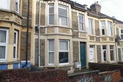 4 Bedrooms House for rent in Douglas Road, Horfield