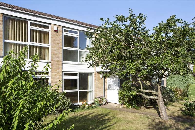 3 Bedrooms Terraced House for sale in Netherby Park, Weybridge, Surrey, KT13