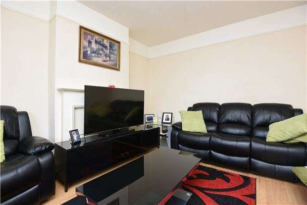 4 Bedrooms Terraced House for sale in Edencourt Road SW16