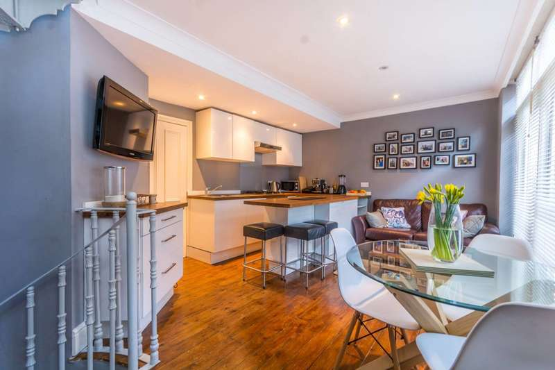 3 Bedrooms Mews House for sale in Junction Mews, Paddington, W2