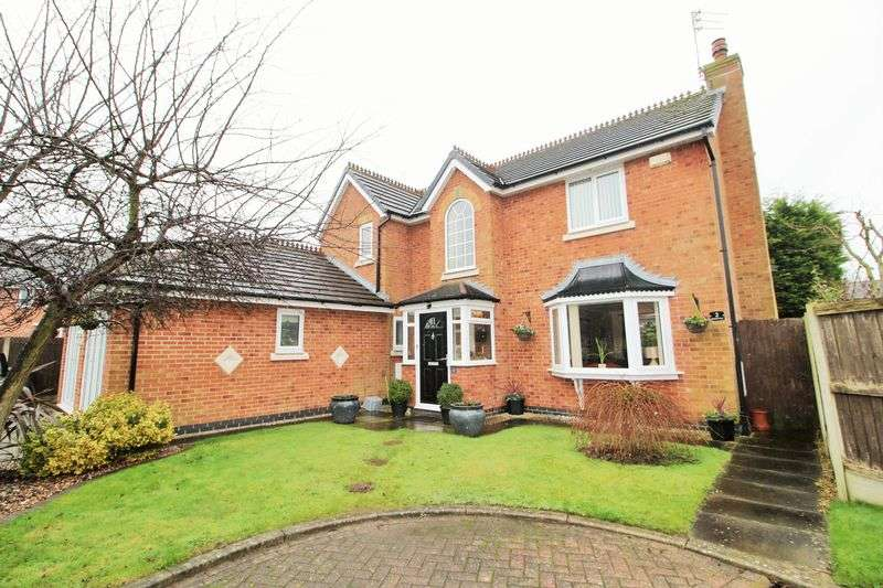 4 Bedrooms Detached House for sale in Bluebell Close, Hesketh Bank, Preston