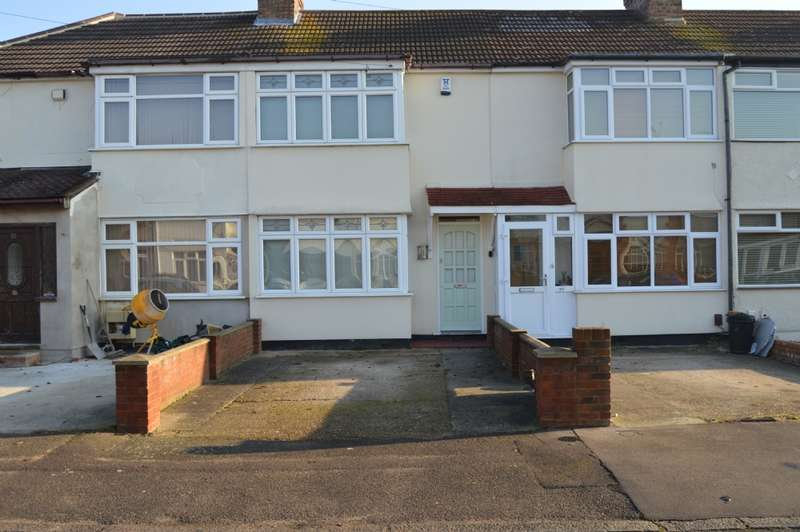 2 Bedrooms Terraced House for sale in Acacia Avenue, Hornchurch