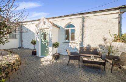 3 Bedrooms Detached House for sale in Hayle, Cornwall