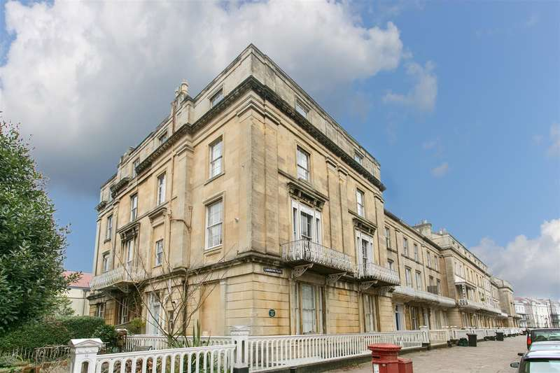 3 Bedrooms Flat for sale in Lansdown Place, Clifton Village
