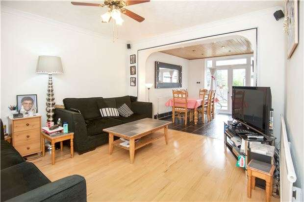 5 Bedrooms Semi Detached House for sale in Limesdale Gardens, EDGWARE, Middlesex, HA8 5JD