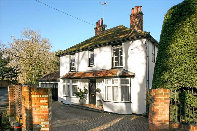 4 Bedrooms Detached House for sale in Station Road, Theale, Reading, Berkshire, RG7