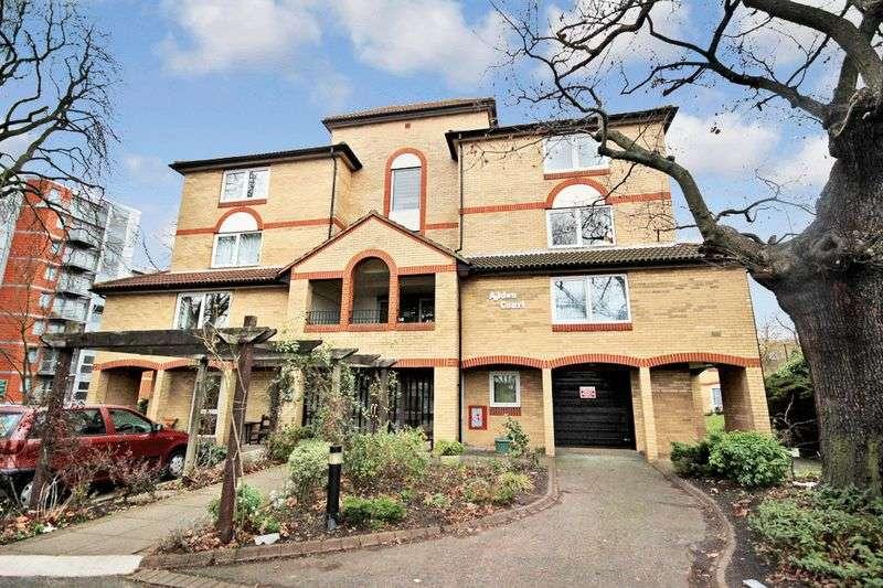 1 Bedroom Retirement Property for sale in Alden Court, Croydon, CR0 5QN