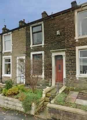 2 Bedrooms Terraced House for sale in Fern Terrace, Accrington, Lancashire, BB5 4QD