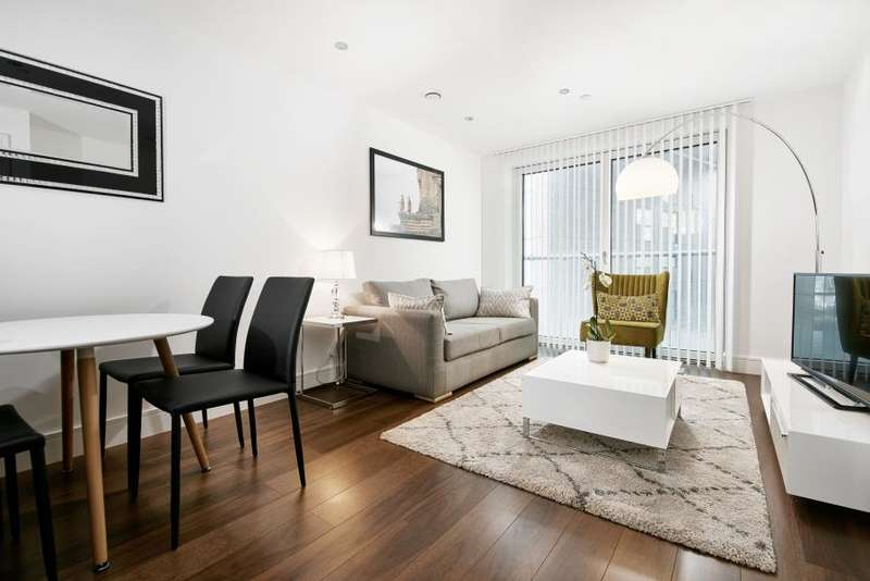 1 Bedroom Flat for sale in Lincoln Plaza, South Quay, Canary Wharf, E14