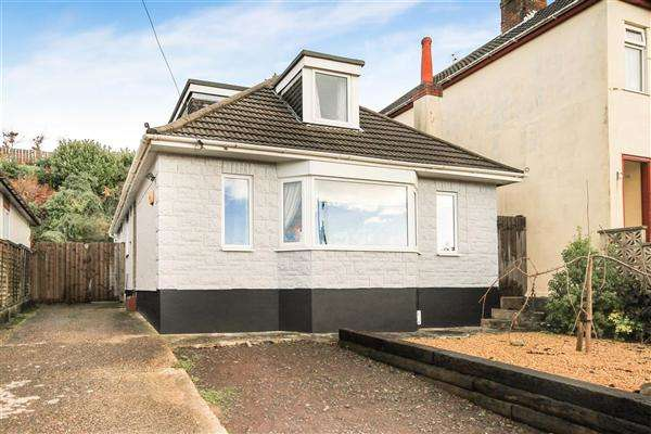 3 Bedrooms Bungalow for sale in Fortescue Road, Parkstone, Poole